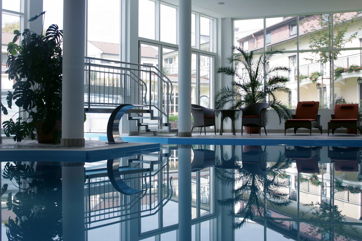 Pool im Wellnesshotel